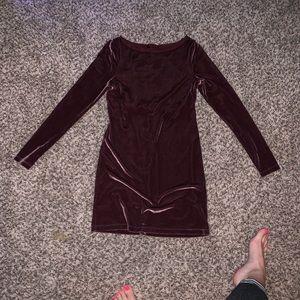 Long sleeve velvet dress